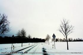 114_winterreifen_strasse